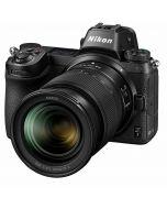 Nikon Z7 + Z 24-70mm f/4 S -järjestelmäkamera